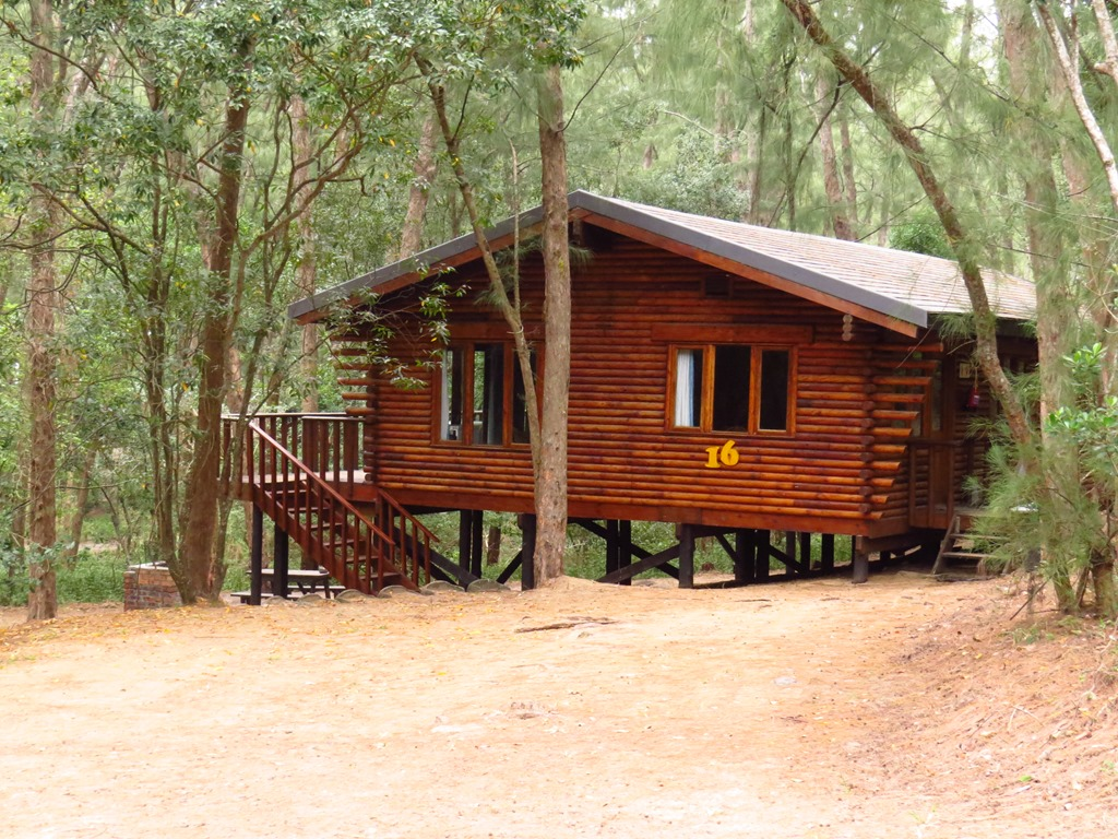Cape vidal log cabin layout south africa nature and stuff for Log cabin layouts